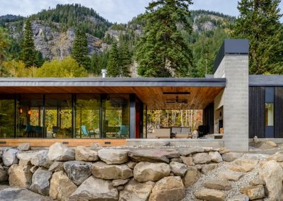 Contemporary Cabin Leavenworth